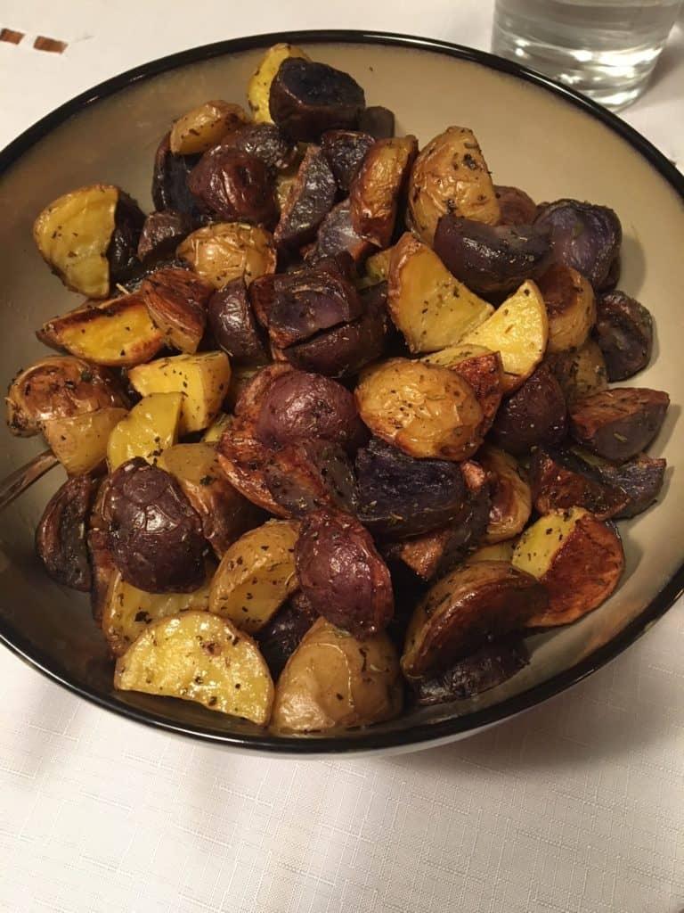 roasted-potatoes-Christmas-dinner